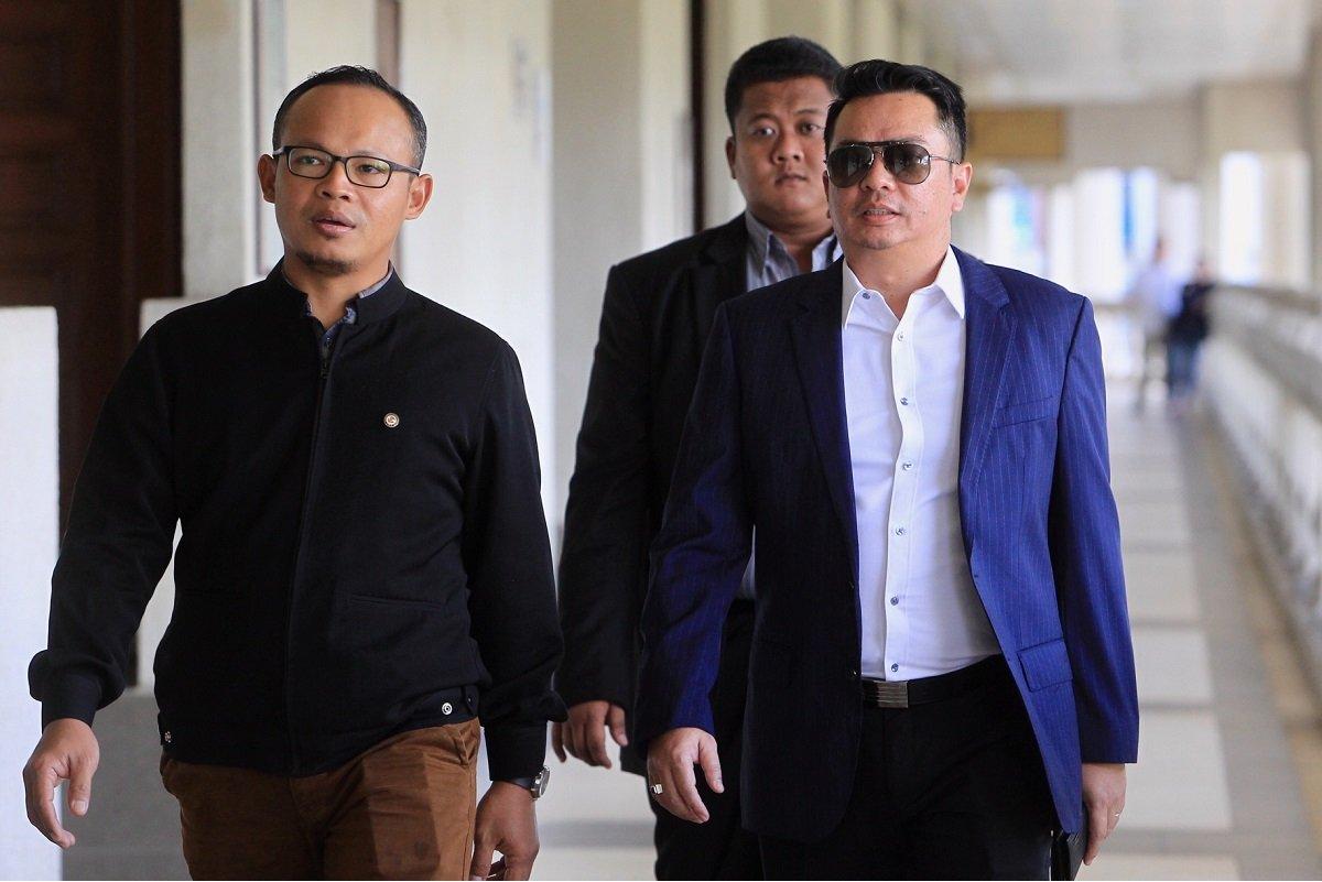 Datuk Rizal Mansor(右)(档案照:Shahrin Yahya/The Edge)
